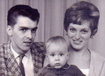 Ronnie Jordon Campbell November 4, 1942 - June 8, 1967   Ronnie with his wife, Eileen, and son, Ricky